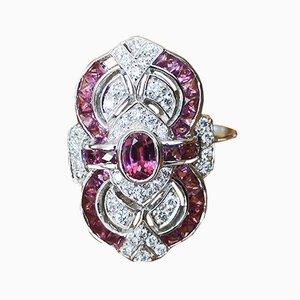 Ring aus 18 Karat Weißgold mit Rhodolite Granaten und Diamanten