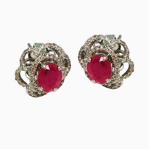 Orecchini color rubino, oro bianco e diamanti, set di 2