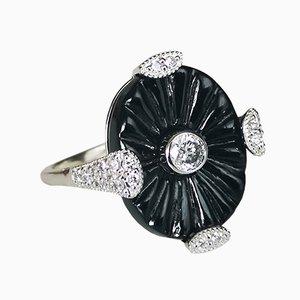 Ring im Art Déco Stil mit Onyx und Diamanten