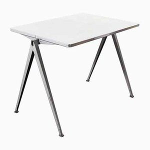 Modell 1 Pyramid Schreibtisch von Wim Rietveld für Ahrend de Cirkel, 1960er