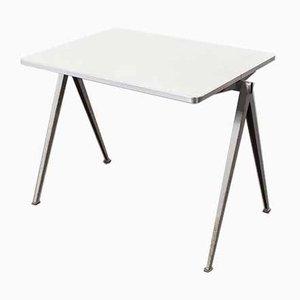 Modell 2 Pyramid Schreibtisch von Wim Rietveld für Ahrend de Cirkel, 1960er