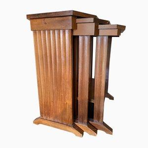 Tavolini ad incastro in mogano, anni '40, set di 3