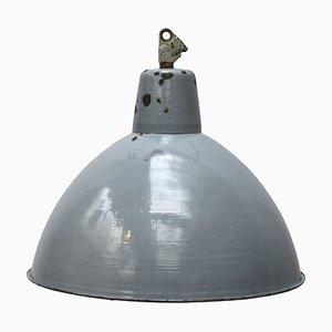 Große industrielle Mid-Century Emaille Deckenlampe in Grau