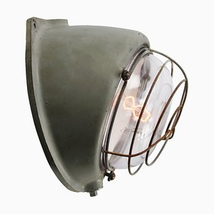 Französische Industrielle Mid-Century Wandlampe aus Grauem Gusseisen & Klarglas von Mapelec