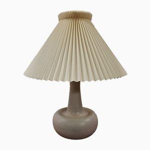 Lampada da tavolo in ceramica di Ole Bøgild per Le Klint, anni '70
