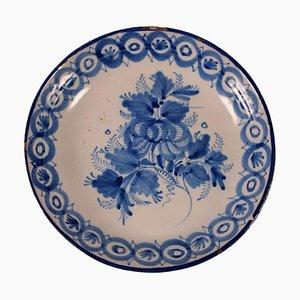 Piatto in ceramica maiolica, Italia, XIX secolo