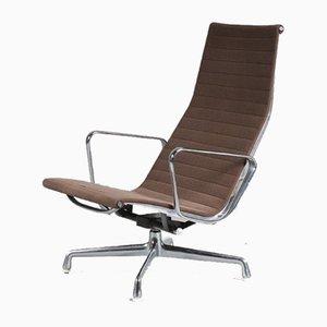 Poltrona modello EA124 di Charles & Ray Eames per Herman Miller, anni '60