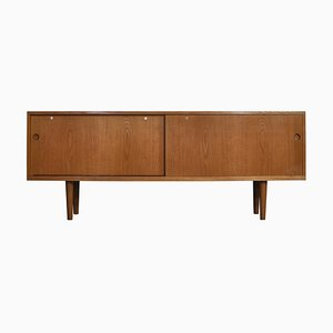 Danish Model RY26 Modern Sideboard in Oak by Hans J. Wegner, 1960s