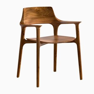 Rono Walnuss Armchair by Kim Clayton Weiler / Neow Product Design Strategy