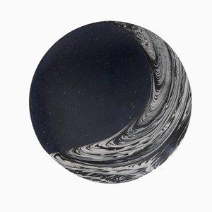 Newton's Bucket Dunkelblaue Acryl Schale von Silo Studio