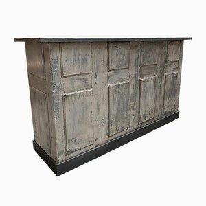 Gray Bar Counter