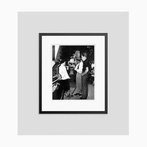 Elizabeth Taylor & Van Johnson, Archival Pigment, Print Framed in Black, Everett Collection