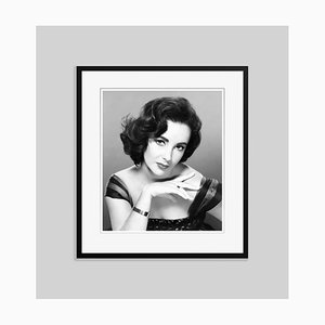 Elizabeth Taylor, Archival Pigment Print, gerahmt in Schwarz, Everett Collection