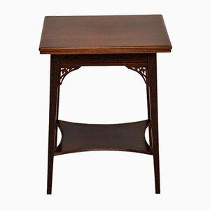 Mesa para el té o la mesa eduardiana antigua
