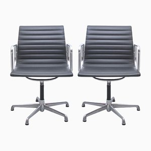 Mid-Century EA108 Schreibtischstühle von Charles & Ray Eames für ICF De Padova, 2er Set