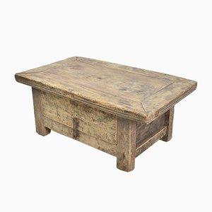 Kleiner Rustikaler Couchtisch aus Ulmenholz mit Schublade