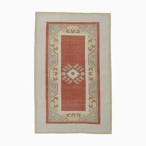Handgefertigter türkischer Vintage Oushak Teppich mit 5x8 Feldern