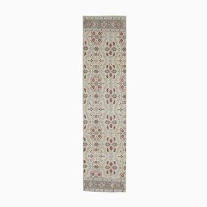 Handgeknüpfter türkischer Vintage 2x8 Vintage Oushak Teppich aus Wolle