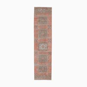 Türkischer Vintage 3x12 Oushak Läufer aus Wolle mit rotem Bezug