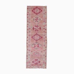3x9 türkischer Vintage Oushak Läufer Teppich aus handgewobener Wolle in Rosa