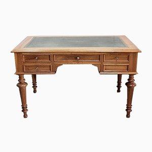 Flacher Antiker Schreibtisch aus massivem Nussholz, spätes 19. Jh