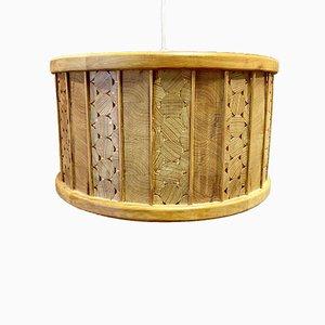 Lámpara de techo escandinava grande de madera maciza, años 50