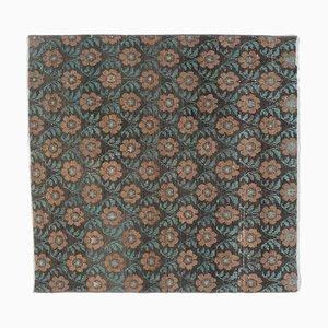 Quadratischer türkischer Vintage Teppich