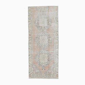 Türkischer Handgefertigter Antiker Wollteppich in Orange