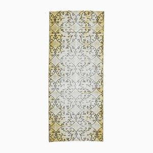 Türkischer Vintage Handgewebter Wollteppich in Gelb