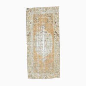 Antiker türkischer Handgeknüpfter Wollteppich in Orange