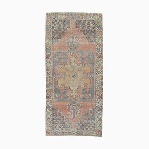 Handgefertigter roter orientalischer Vintage Teppich aus Wolle
