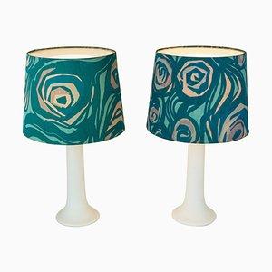 Lampade da tavolo in vetro bianco di U. and O. Kristiansson per Luxus Vittsjö, Scandinavia, set di 2