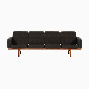 Model Ge 236/4 Sofa by Hans Wegner for Getama