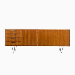 Restauriertes Nussholz Sideboard, 1960er