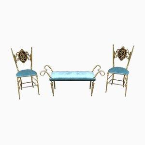 Vintage Chiavari Stühle & Fußhocker aus Messing, 1950er, 3er Set