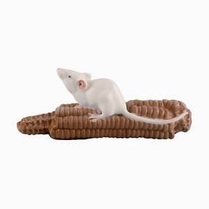 Model 512 Porcelain Figurine of Mouse on a Corn Cob from Royal Copenhagen, Early 20th Century