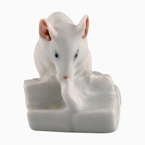Figurina modello 5905 in porcellana di piccolo topo bianco di Royal Copenhagen, anni '20