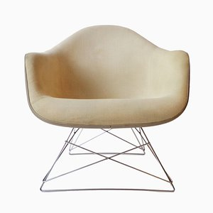 Mid-Century LAR Armchair with Fiberglass Base by Charles & Ray Eames for Herman Miller, 1960s