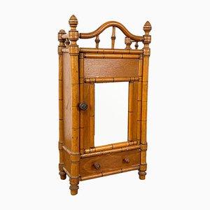 Antiker Kunstbambus Miniaturschrank mit Spiegel