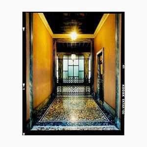 Foyer III, Mailand, Architektonische Farbfotografie, Italien, 2019