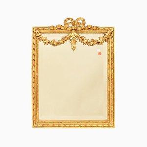 Kleiner geschnitzter Spiegel mit Blattgold Rahmen von Glaces de Saint-Gobain