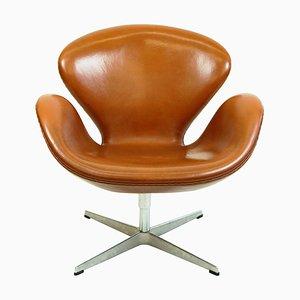 Silla Swan de cuero marrón de Arne Jacobsen para Fritz Hansen