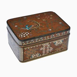 Large Antique Japanese Cloisonné Enamel Box & Cover in the Style of Namikawa Yasuyuki