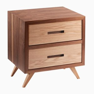 Mesa de noche Space Two Drawers de Mambo Unlimited Ideas