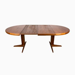 Scandinavian Teak Extendable Dining Table with Central Leg by Ib Kofod Larsen for Faarup Møbelfabrik, 1960s