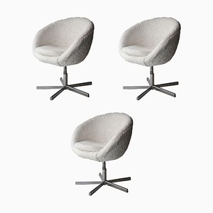 Mid-Century Round White Faux Fur Italian Chair, France, 1970s