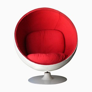 Mid-Century Ball Chair in White and Red, Finland, 1963