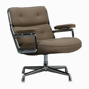 ES 105 Brown and Green Lobby Chair from Vitra
