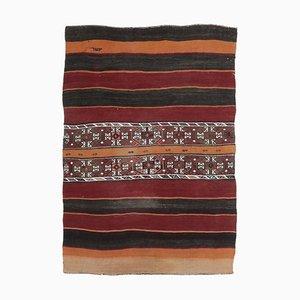 Türkischer Vintage Kilim Teppich mit kleinem Raumangebot