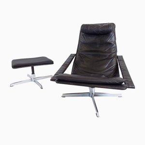 Goldbrauner Sessel und Fußhocker aus Leder von Goldsiegel, 1960er, 2er Set